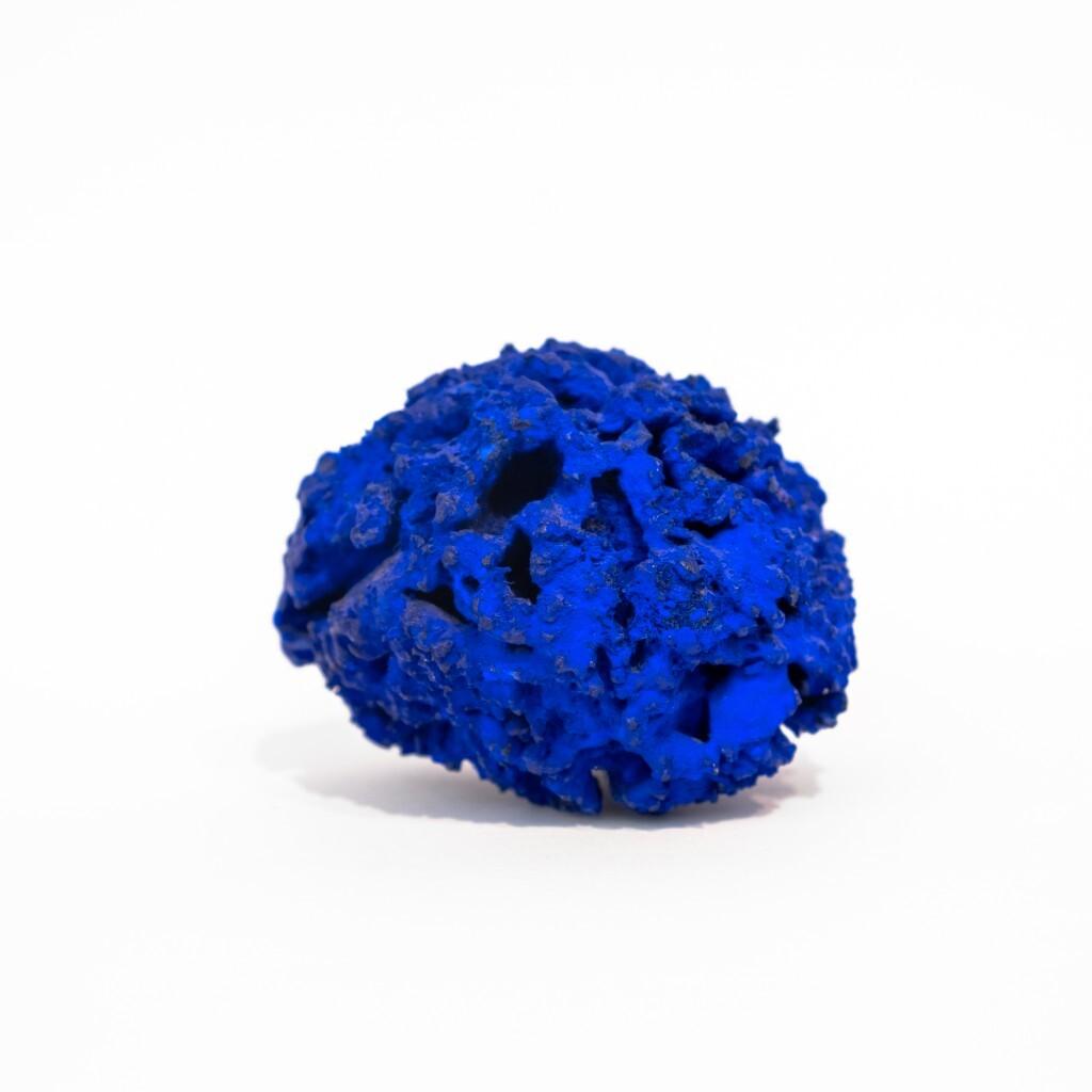 Yves Klein - Eponge bleue