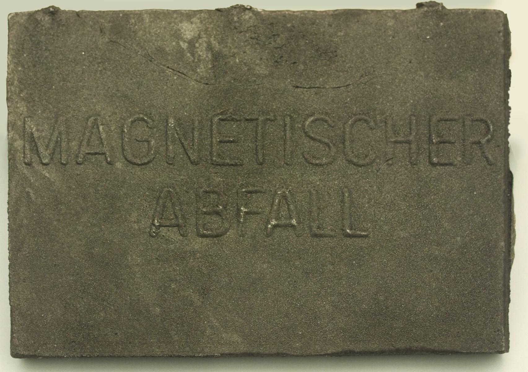 Joseph Beuys - Magnetischer Abfall